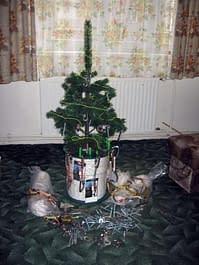 praktický držák vánočního stromečku
