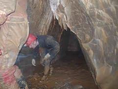Amatérská jeskyně - Nový Sloupský koridor (25.4.2010)