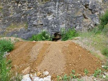 Čerpací pokus v Petzoldovo jeskyních 6.4.2013