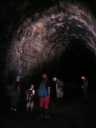 Starý železniční tunel u Kraľovan