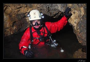 Jeskyně Čertova studna (Cave Diving-explorace č.1)