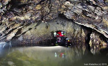 """Jeskyně ČERTOVA  STUDNA (cave diving) """"Speleo Ace Of Spades"""""""