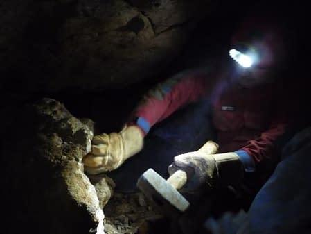Petzoldovy jeskyně