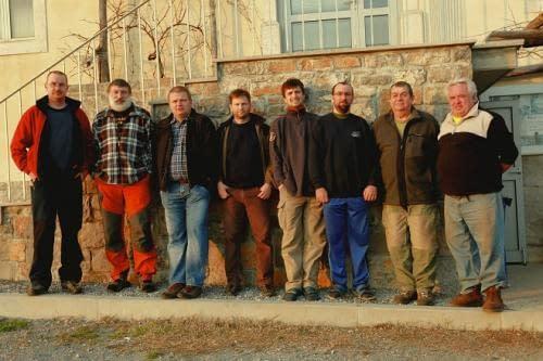 účastníci expedice: zleva Martin N., Roman, Martin V., Petr J., Petr O., Cimbál, Tonda a Franta