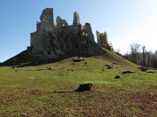 zřícenina hradu Hrušov